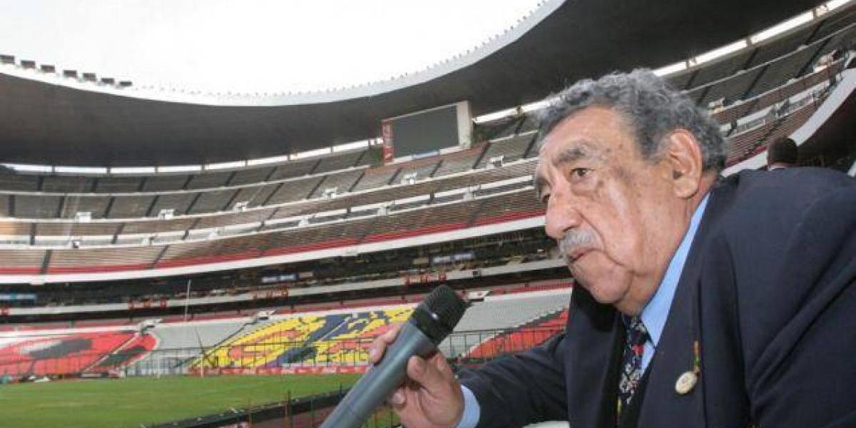 La voz oficial del Estadio Azteca se ausentó por primera vez en 50 años