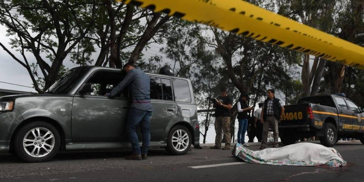 Muere persona baleada en el Periférico por negarse a entregar el carro
