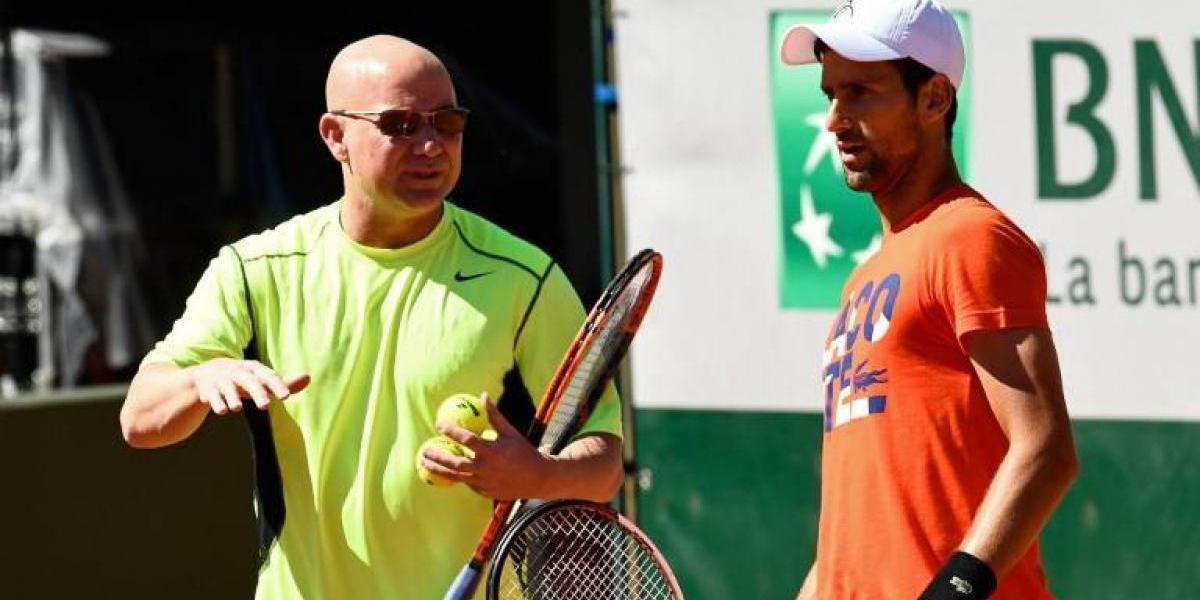 """Djokovic abrió con un triunfo la """"era Agassi"""" y su defensa del título en Roland Garros"""