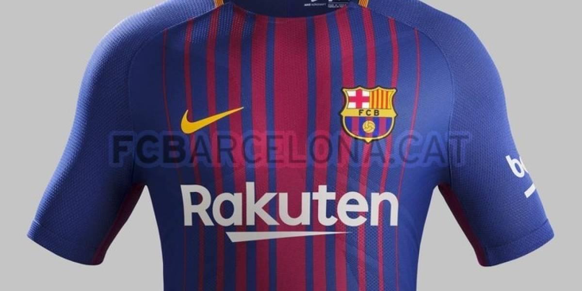 Barcelona lanzó su camiseta para la temporada 17/18 con nuevo auspiciador principal