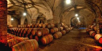 Empresa china firma acuerdo para adquirir viñas al grupo Bethia