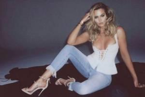 Esta es la razón por la que Khloé Kardashian no se atrevía a usar jeans: 'Las vendedoras me miraban con pena'