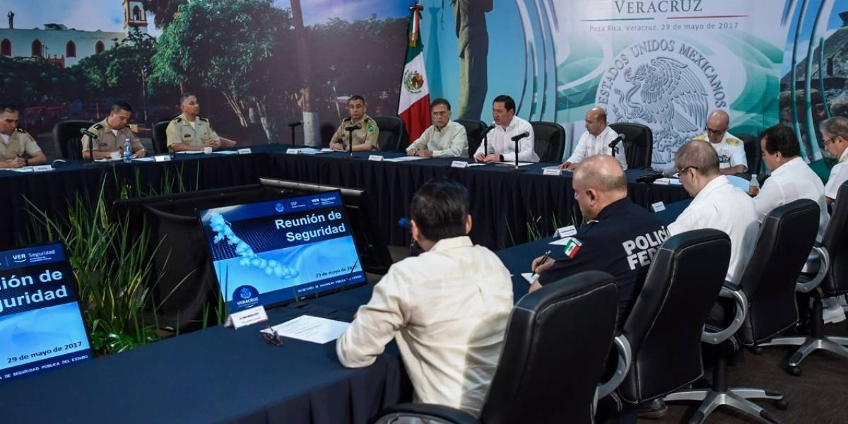 Combate a la delincuencia requiere corresponsabilidad de gobiernos estatales: Osorio Chong