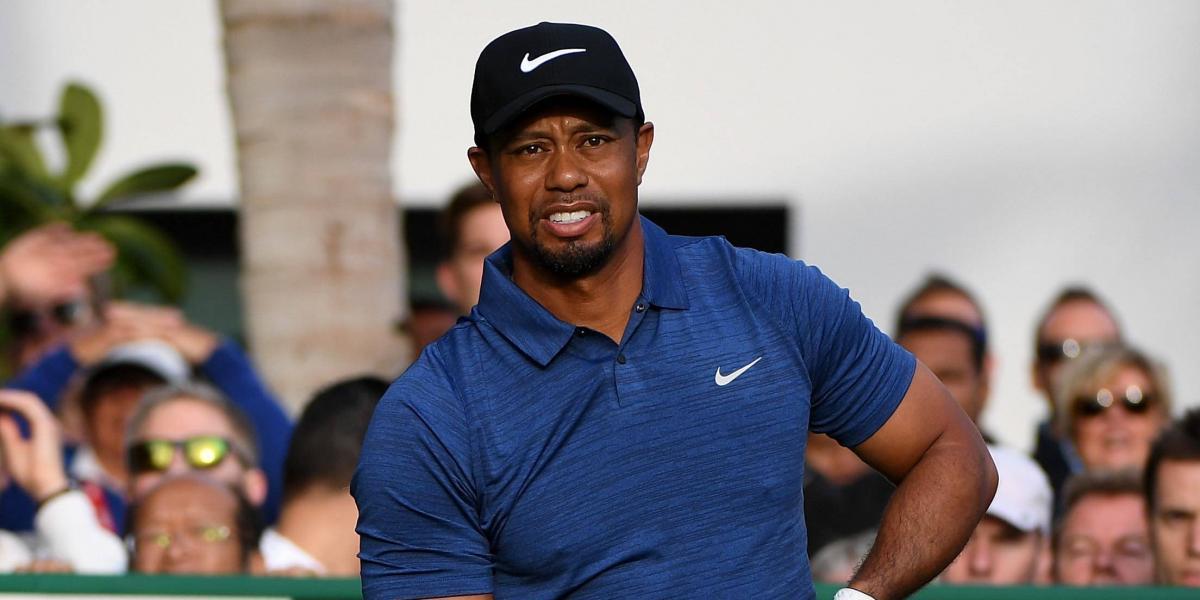 Arrestan a Tiger Woods por manejar intoxicado