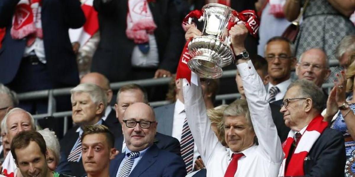 Arsene Wenger está cerca de extender su interminable estadía en Arsenal