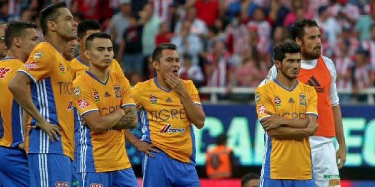 Esposas de jugadores de Tigres los cacharon en plena fiesta previo a la final ¡Se les armó!