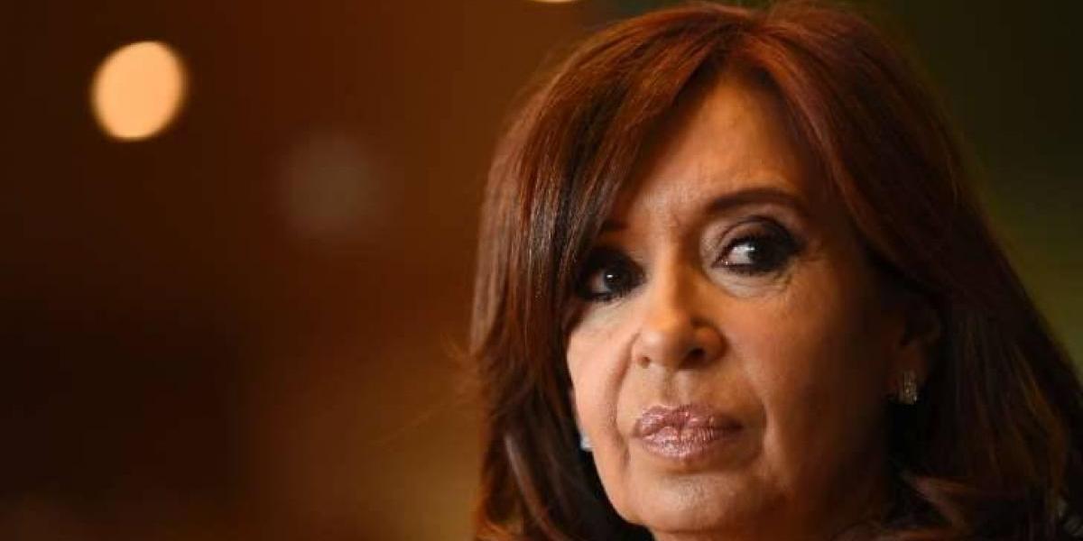 Piden indagatoria a la ex presidenta argentina Kirchner y sus hijos por supuesto lavado