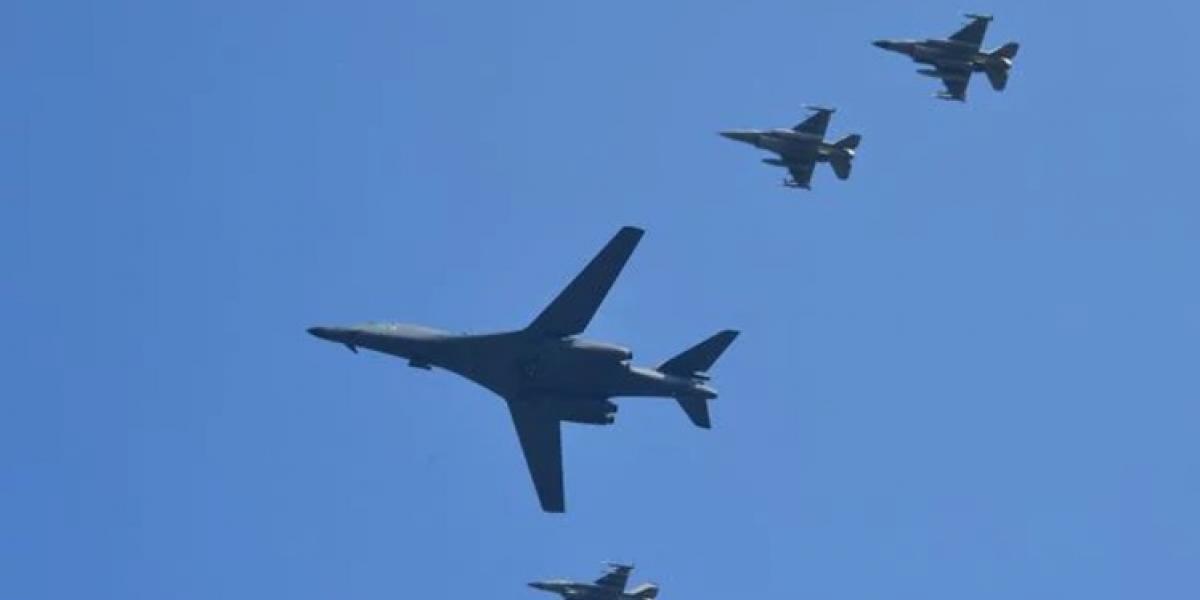 """""""Estamos al borde de la guerra"""": Kim Jong-Un  advierte sobre el envío de bombarderos nucleares de EEUU"""