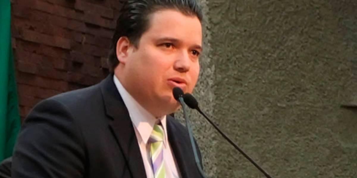 "Diputado financia su ""precampaña"" con nómina de Guadalupe, NL"