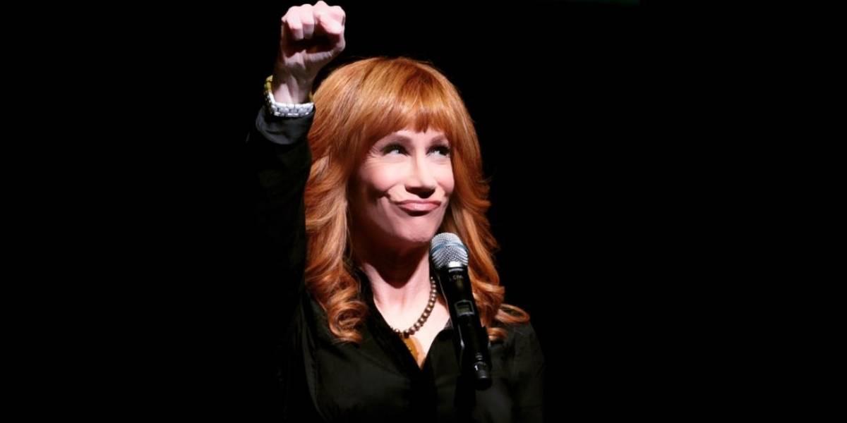 La polémica foto de Kathy Griffin con la cabeza de Trump que enloquece a la red