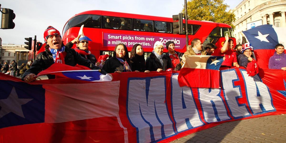 ¿Y en Chile? Instructivo aconseja a hinchas de la Roja evitar el acoso callejero en la Confederaciones