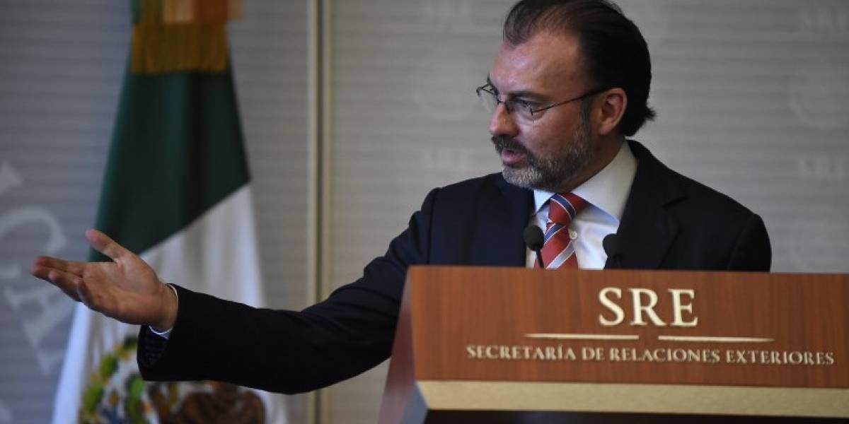 Canciller de México ofrece mediar en un acuerdo político en Venezuela