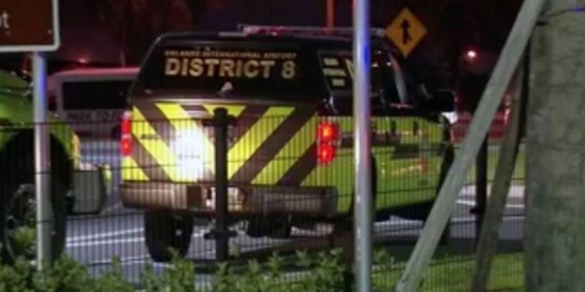 Bajo custodia de los federales hombre armado aeropuerto de Orlando