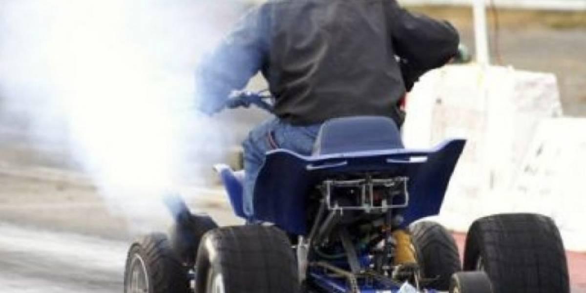 Mujer resulta herida en accidente con four track en Ponce