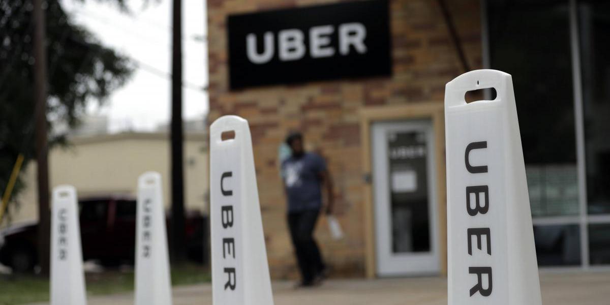 Huelga nacional de taxistas contra Uber y Cabify paraliza a España