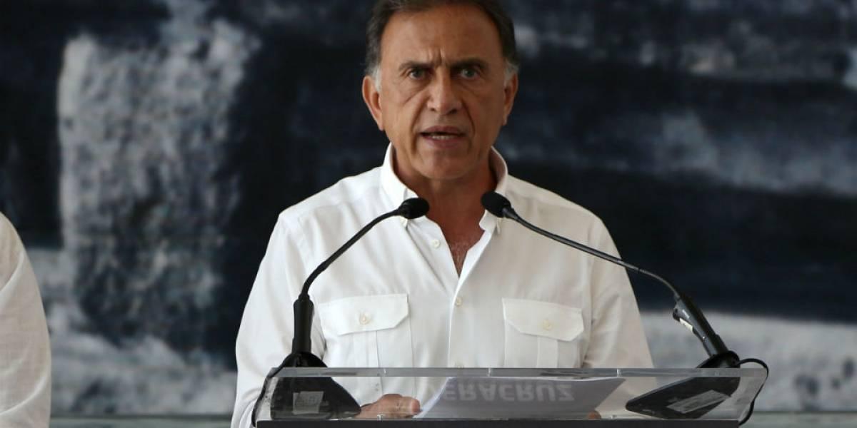 Destapan a Yunes Linares como precandidato a la Presidencia