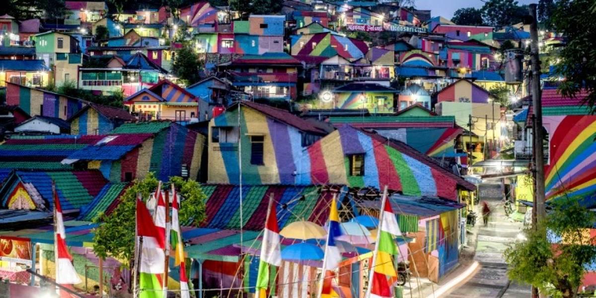 """La """"aldea arcoíris"""": la singular medida que convirtió a un pueblo desconocido en la última moda de Instagram"""