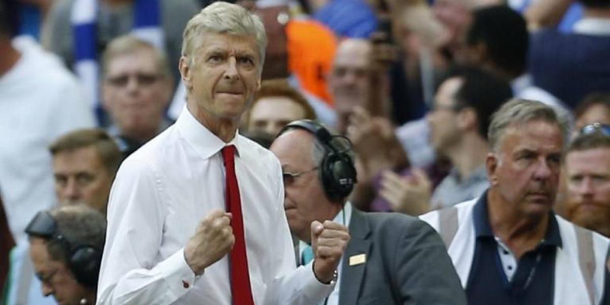 Arsene Wenger renovó con Arsenal con la obligación de ganar la Premier League