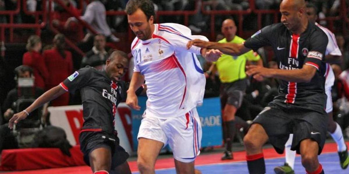 """Ex delantero francés ningunea a Totti: """"No es una leyenda"""""""