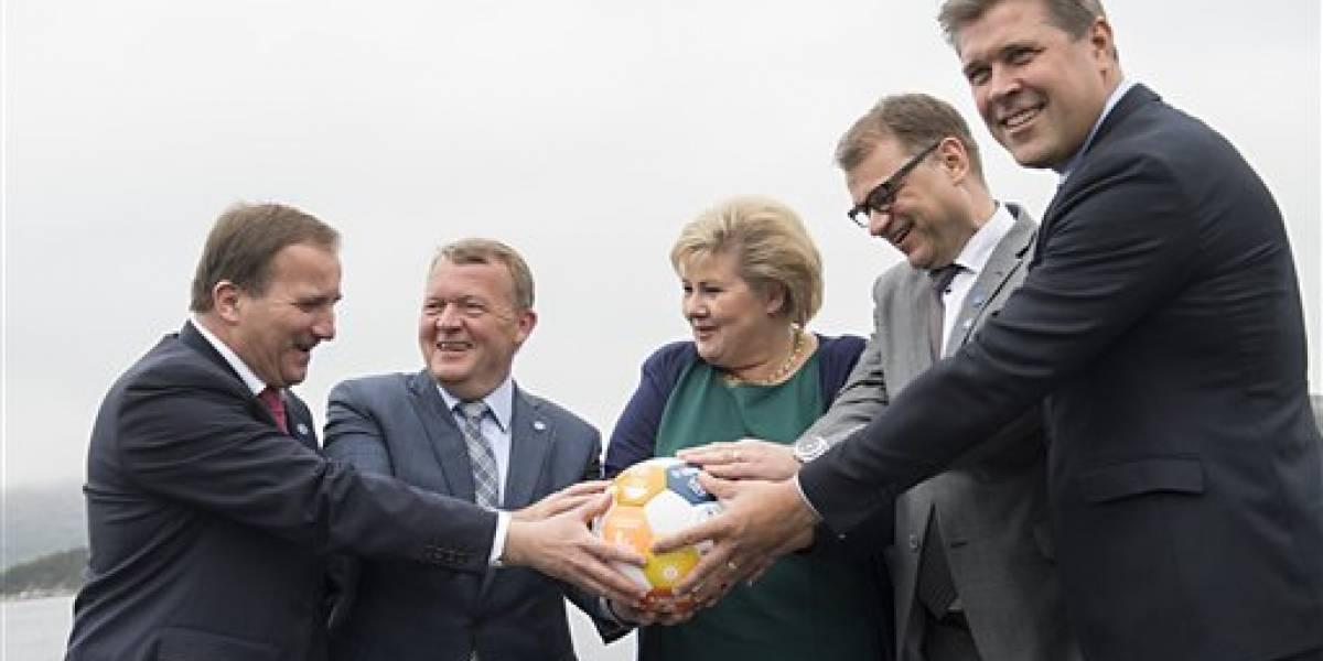 Ministros nórdicos posan para foto similar a una de Trump