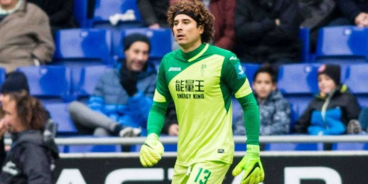 ¡Se le escapa la Serie A! Memo Ochoa es desbancado por Szczesny para el Nápoles