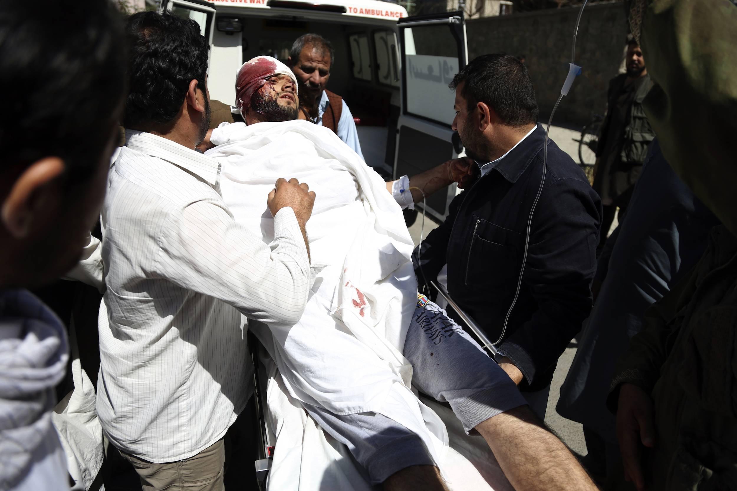 Al momento, se han reportado aproximadamente 350 heridos tras el ataque. / Foto: AP