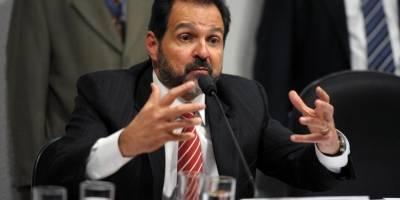 Ex-governador Agnelo Queiroz, que estava em prisão temporária, é solto