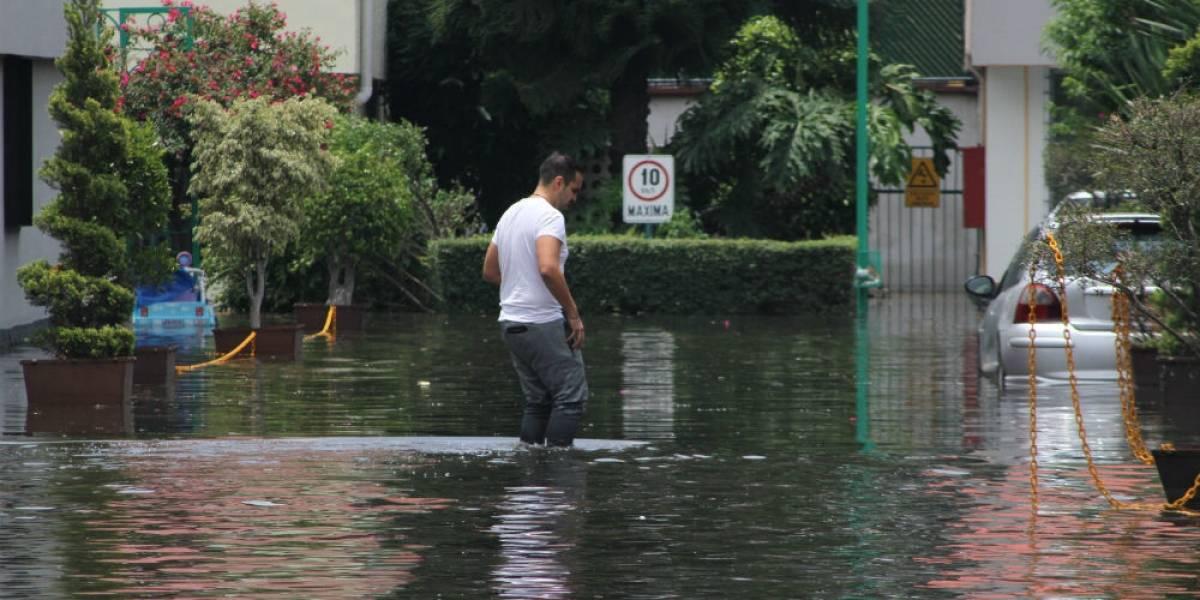 Al menos mil casas afectadas tras lluvias en la CDMX