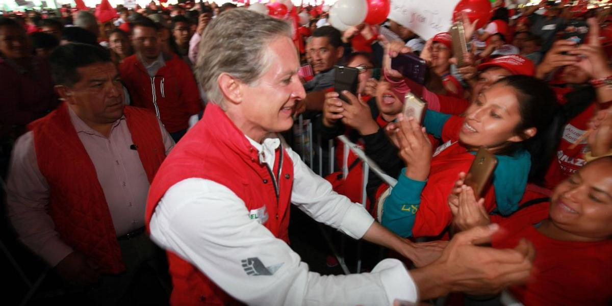 """""""El oriente se va a pintar de rojo"""": Alfredo del Mazo en cierre de campaña"""