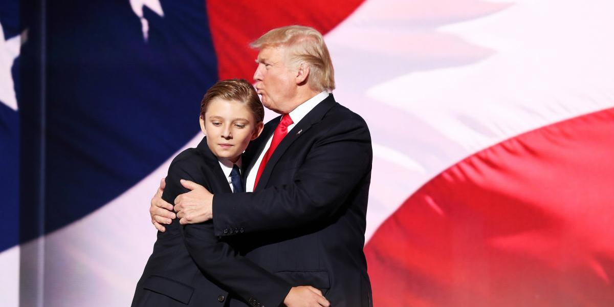 """Hijo de Trump entró en crisis por """"broma"""" de Donald decapitado, despiden a comediante"""