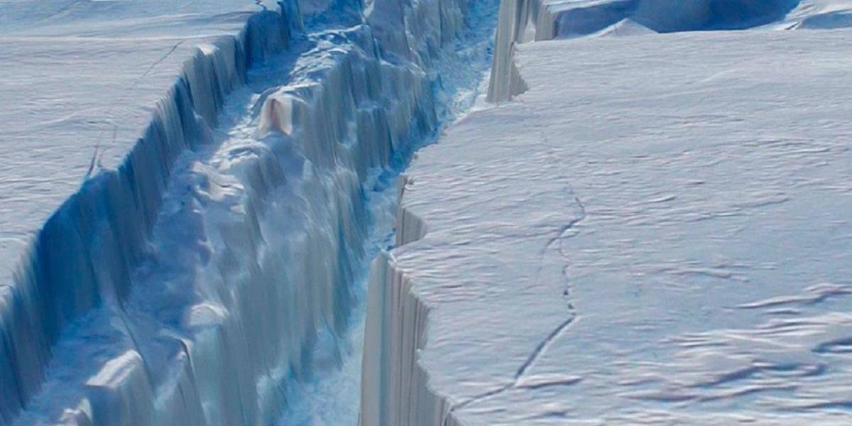 Alerta por acelerado avance de grieta en la Antártica que dejará gigantesco bloque de hielo a la deriva