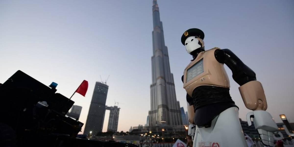 """""""Robocop"""":  Dubái estrena el primer robot policía en el mundo"""