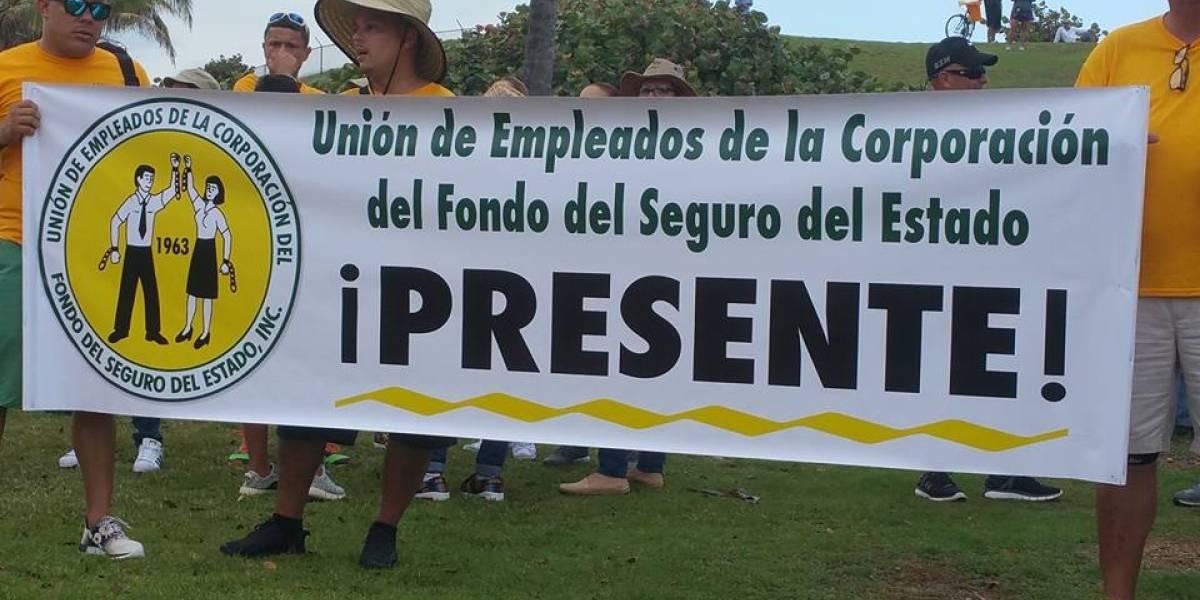 Empleados del Fondo aprueban voto de huelga para rechazar privatización de servicios farmaceúticos
