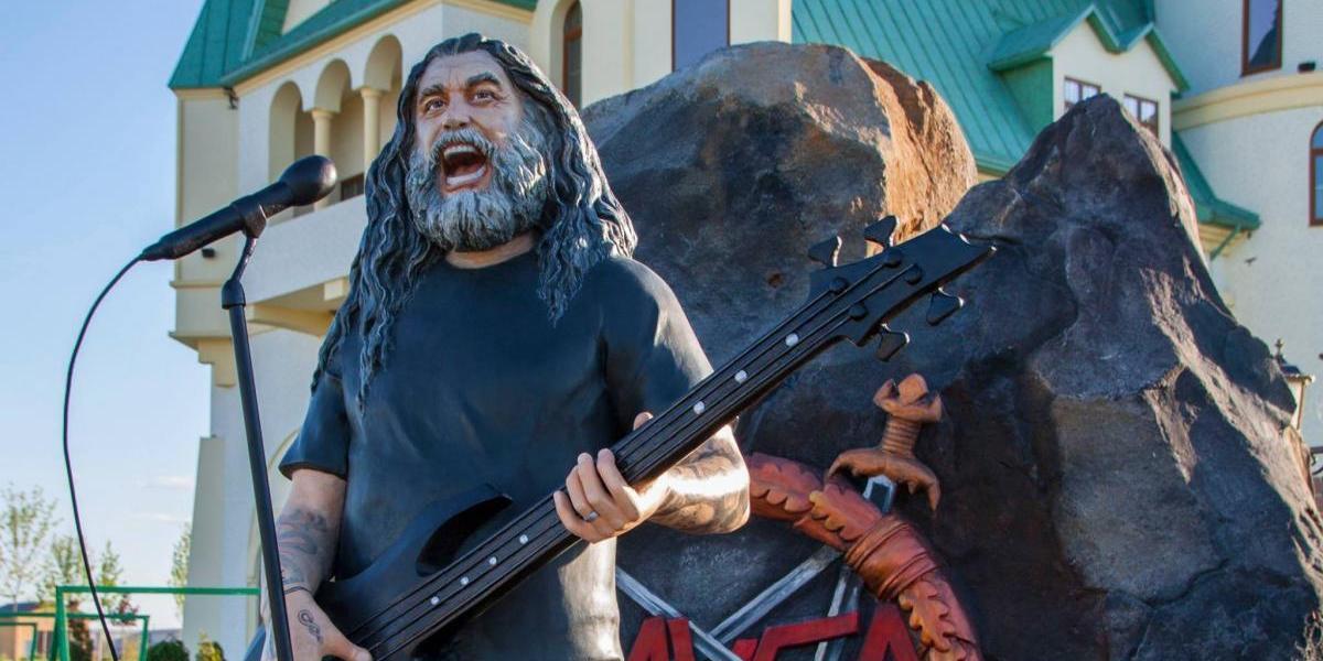 El inusual homenaje de zoológico ucraniano a Tom Araya, el mítico vocalista de Slayer