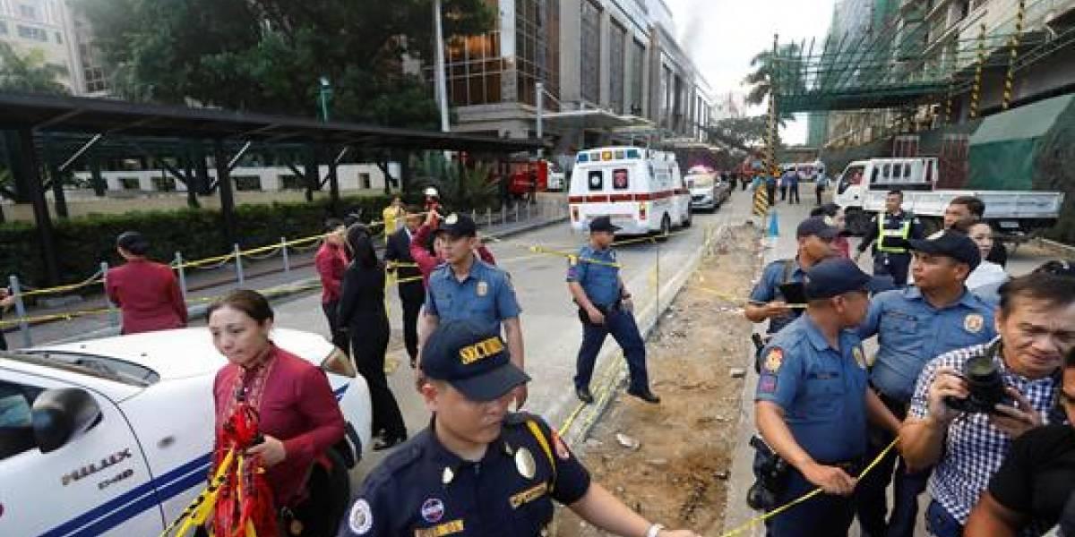Alrededor de 25 víctimas fatales deja asalto a casino en Filipinas