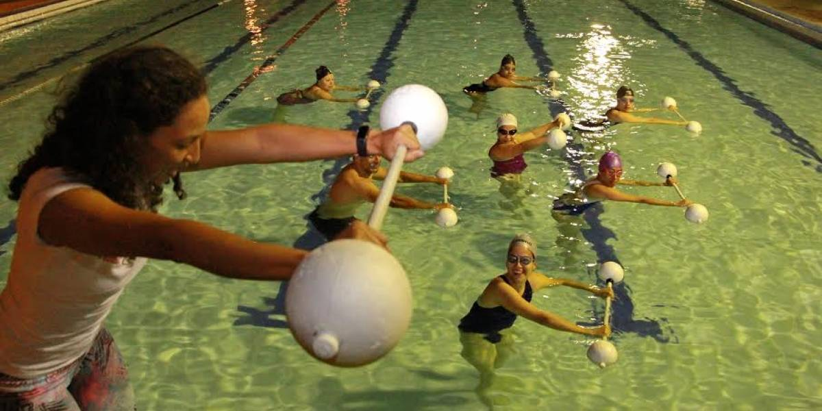 Aquagym, las maravillas de hacer ejercicio bajo el agua