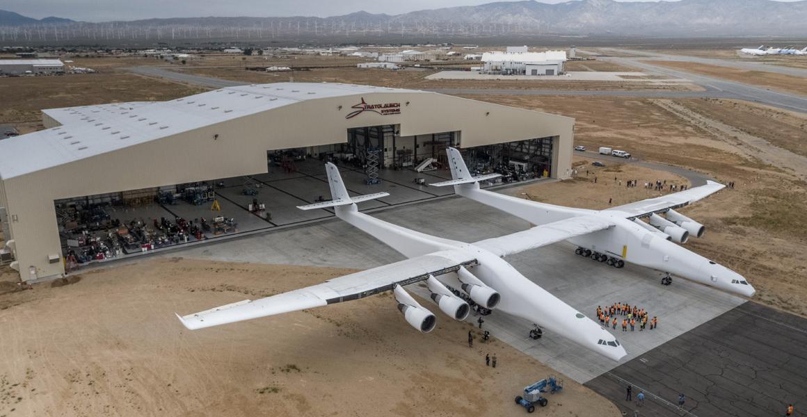 Abre sus alas el avión más grande del mundo