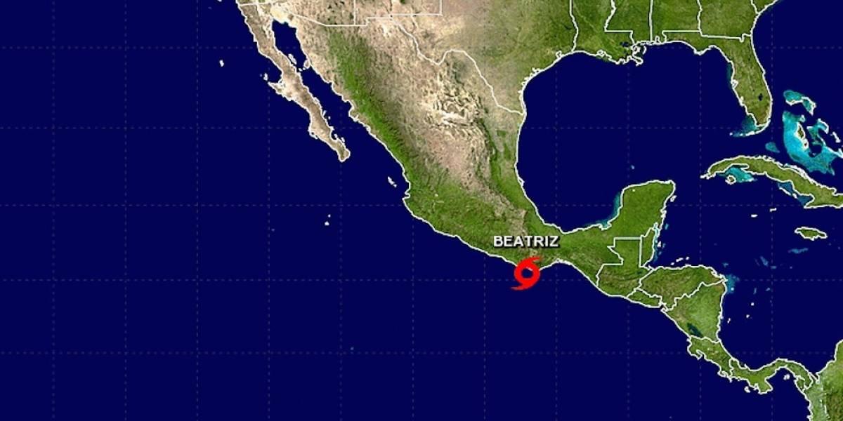 Se forma la tormenta tropical Beatriz frente a costas de Oaxaca
