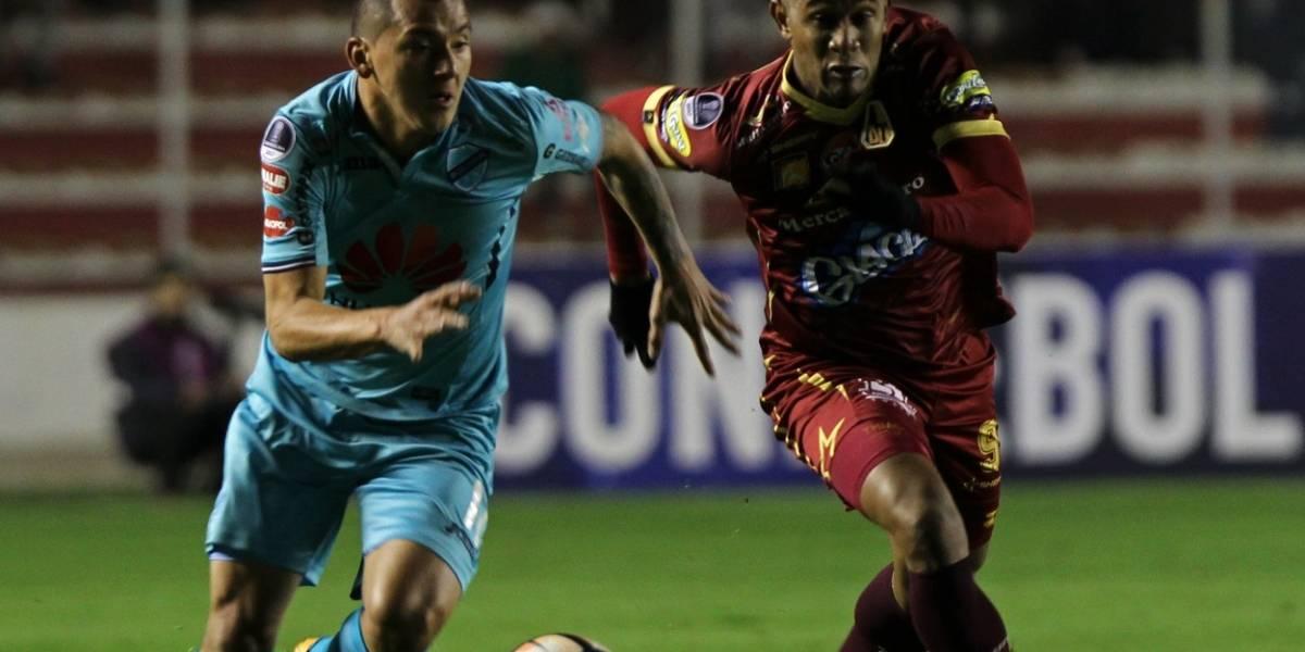 Con polémica y poco fútbol, Tolima quedó afuera de la Sudamericana a manos de Bolívar