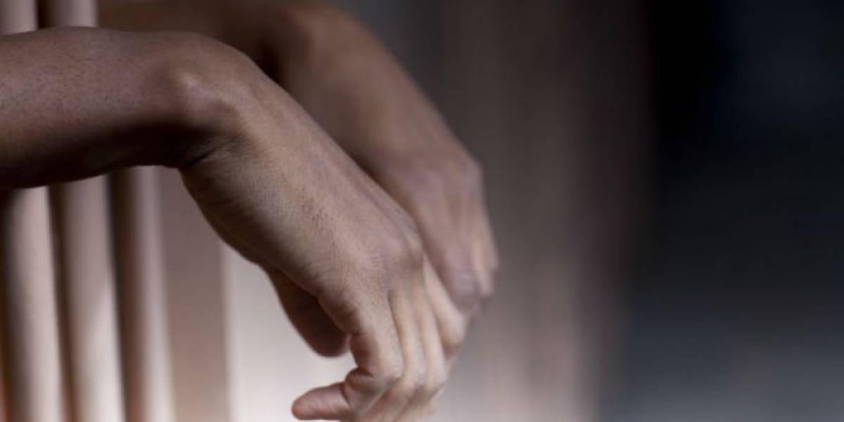 Adolescente es condenado a 4 años por idear tiroteo masivo