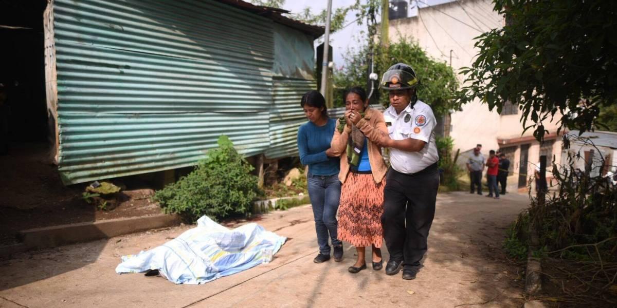 Lo asesinan al salir de su casa en Santa Catarina Pinula