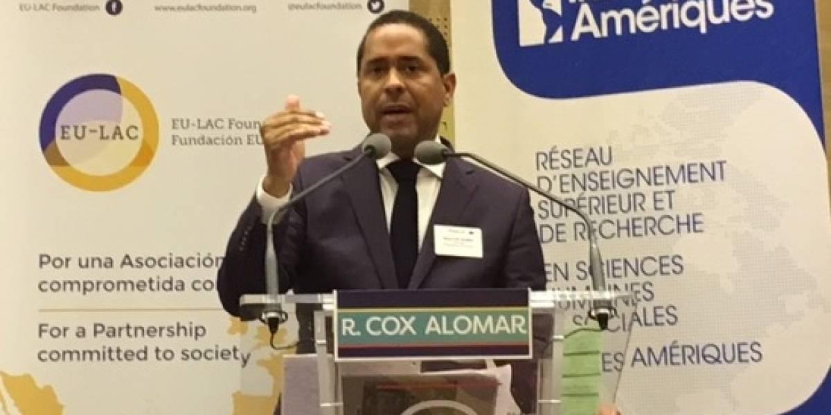 Senado francés escucha tema de status de Puerto Rico