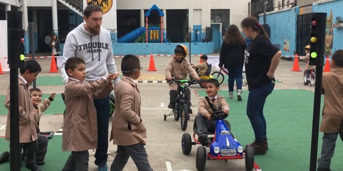 Fundación Conciencia Vial enseña conceptos de movilidad segura a niños