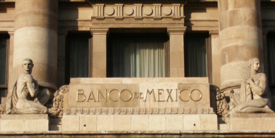 Remesas aumentan 6.2% en abril: Banxico
