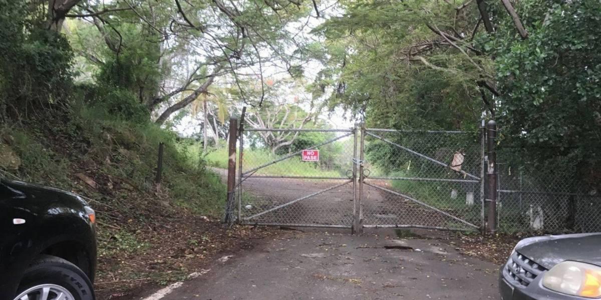 Dueño de terrenos del antiguo hotel en Ponce advierte sobre acceso a la propiedad