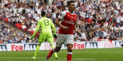Wenger aseguró que Alexis no se mueve de Arsenal