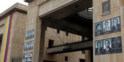 Encuentran restos de uno de los desaparecidos del Palacio de Justicia