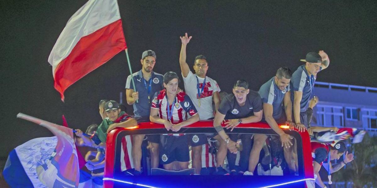 OFICIAL: Chivas anuncia cambio de horario para sus juegos de local