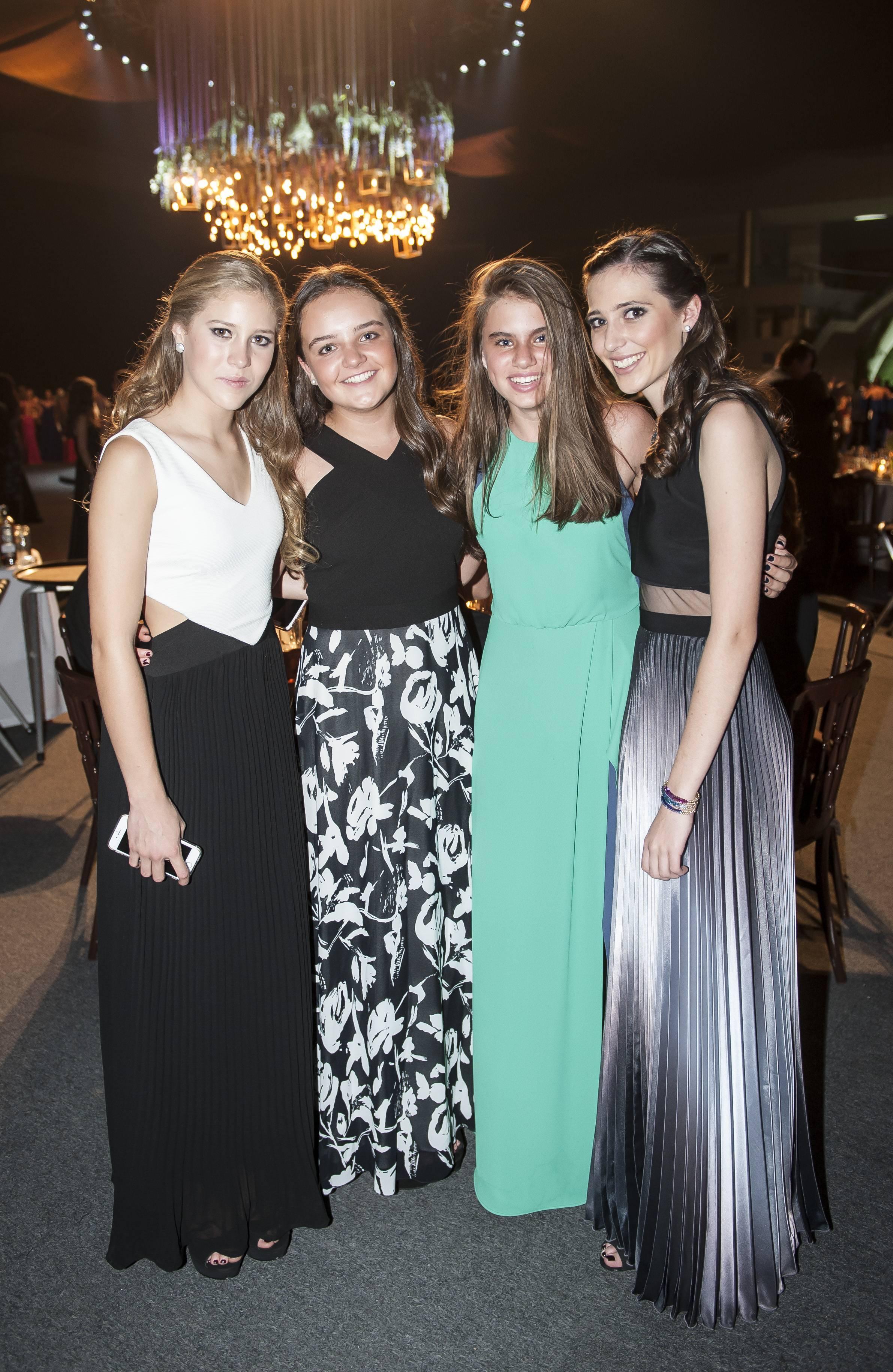 Roberta Salazar, Andrea Montemallo, Lucía Burillo y Macarena Fuentes JDS