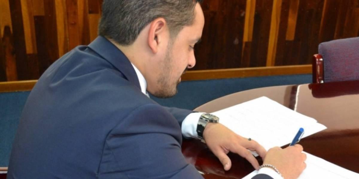Corrección: 16 funcionarios reciben cartas de suspensión de empleo y sueldo